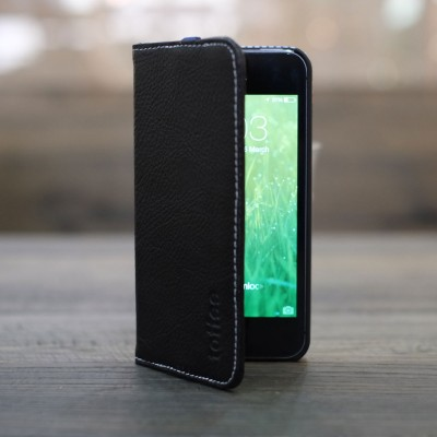 Toffee iPhone 5s flip wallet black