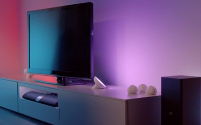 Control your lights with Hue Light strip & lamp