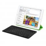 Logitech Ultra-Portable Keyboard for iPad-2