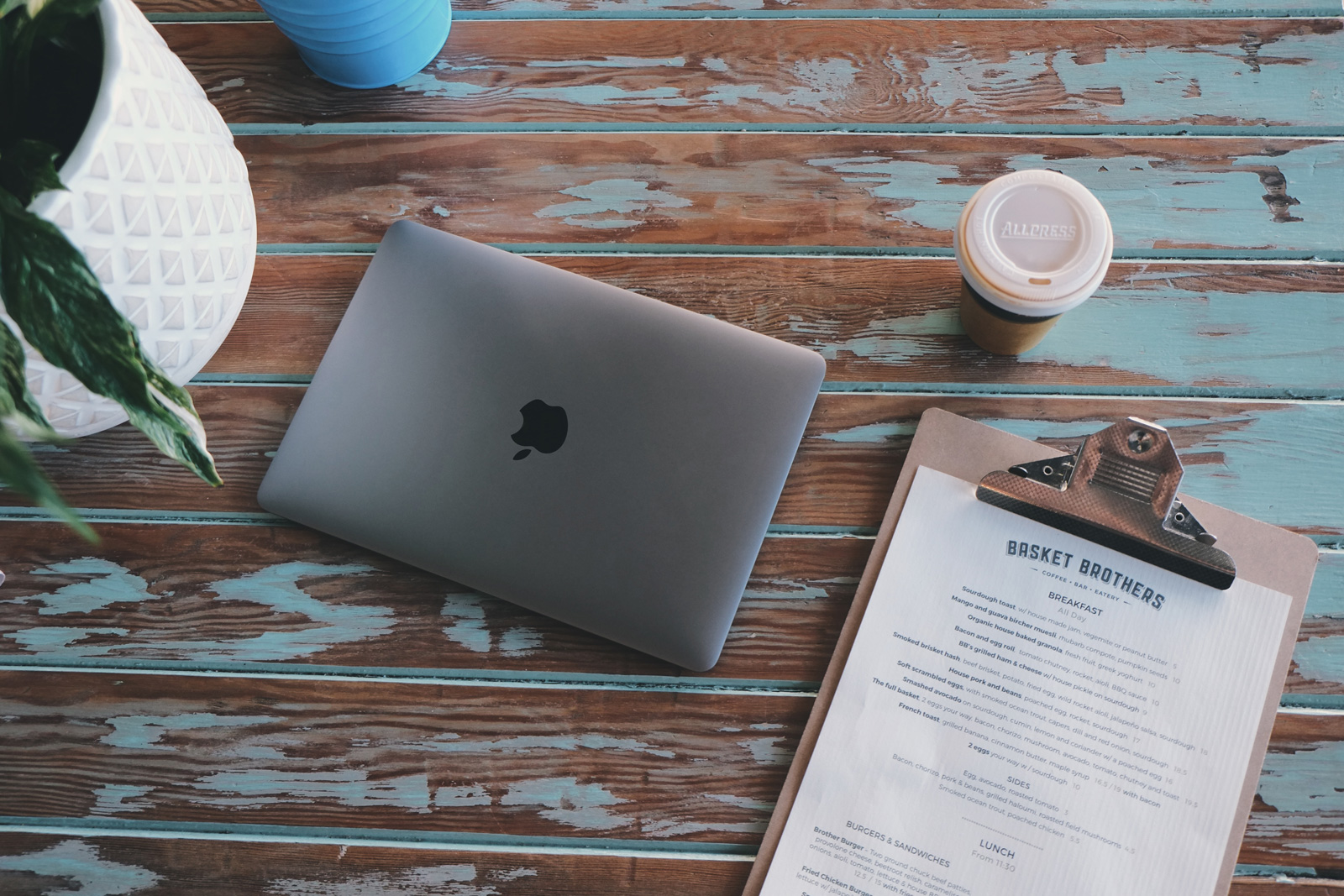 MacBook Space Grey Review