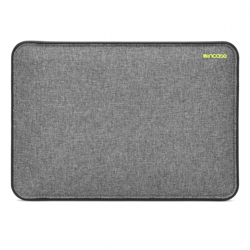 Incase ICON MacBook Sleeve with Tensaerlite-1