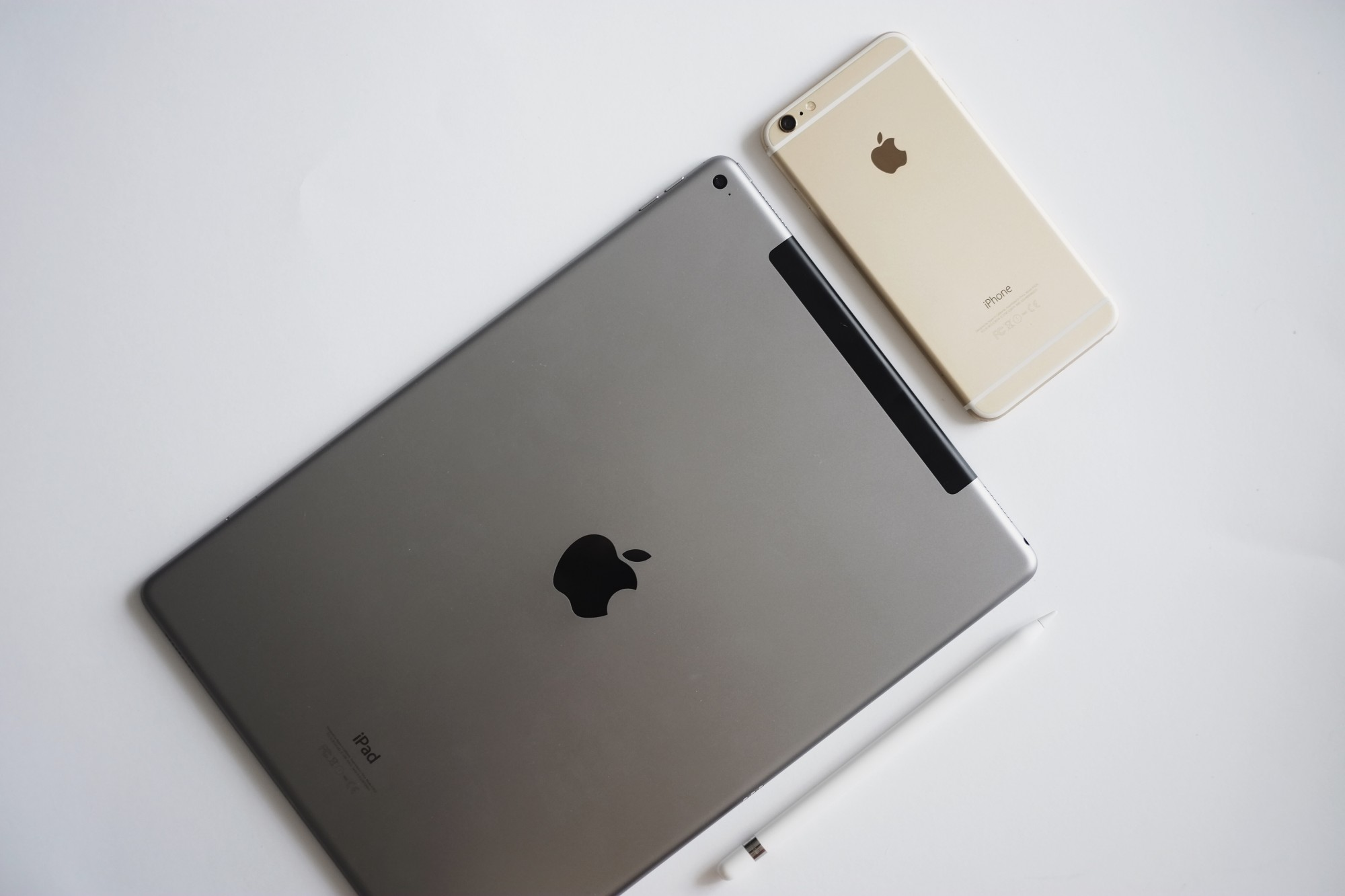 iPad Pro, Apple Pencil and the iPhone