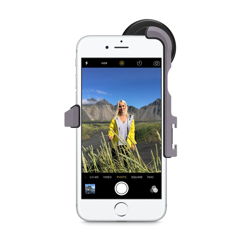 ZEISS-Wide-Angle-Lens-iPhone-Kit-Portriate-Photo