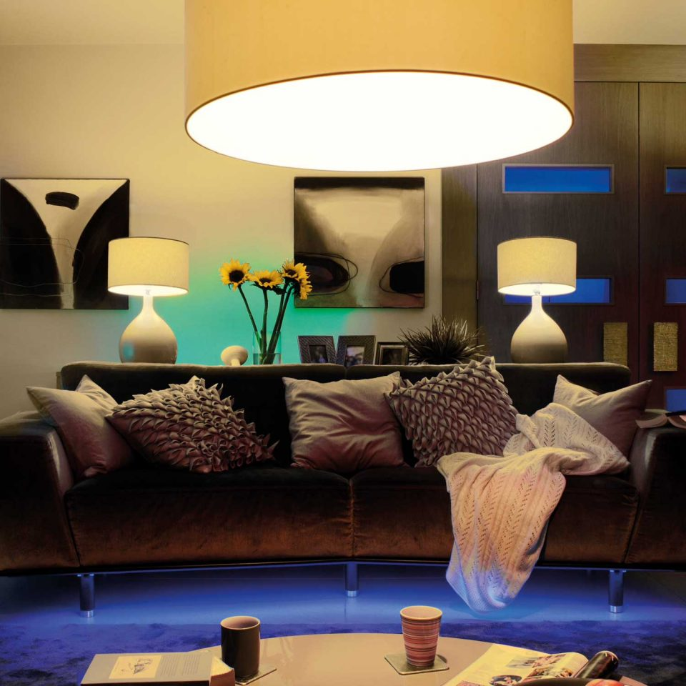 Philips Hue White and Colour Wireless Ambiance Starter Kit