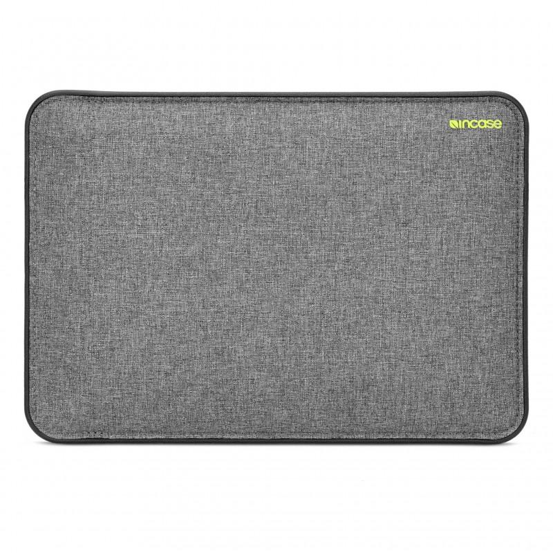 Incase ICON MacBook Sleeve with Tensaerlite-1