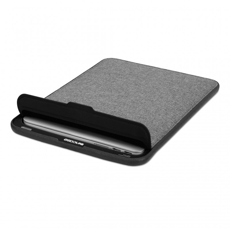 Incase ICON MacBook Sleeve with Tensaerlite-4
