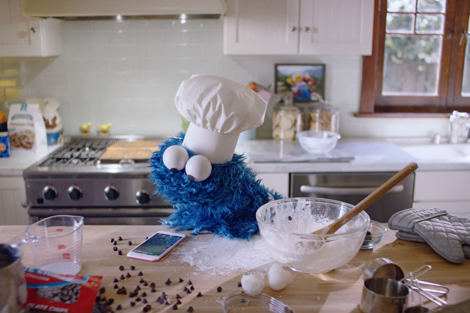 Cookie Monster Apple ad Video