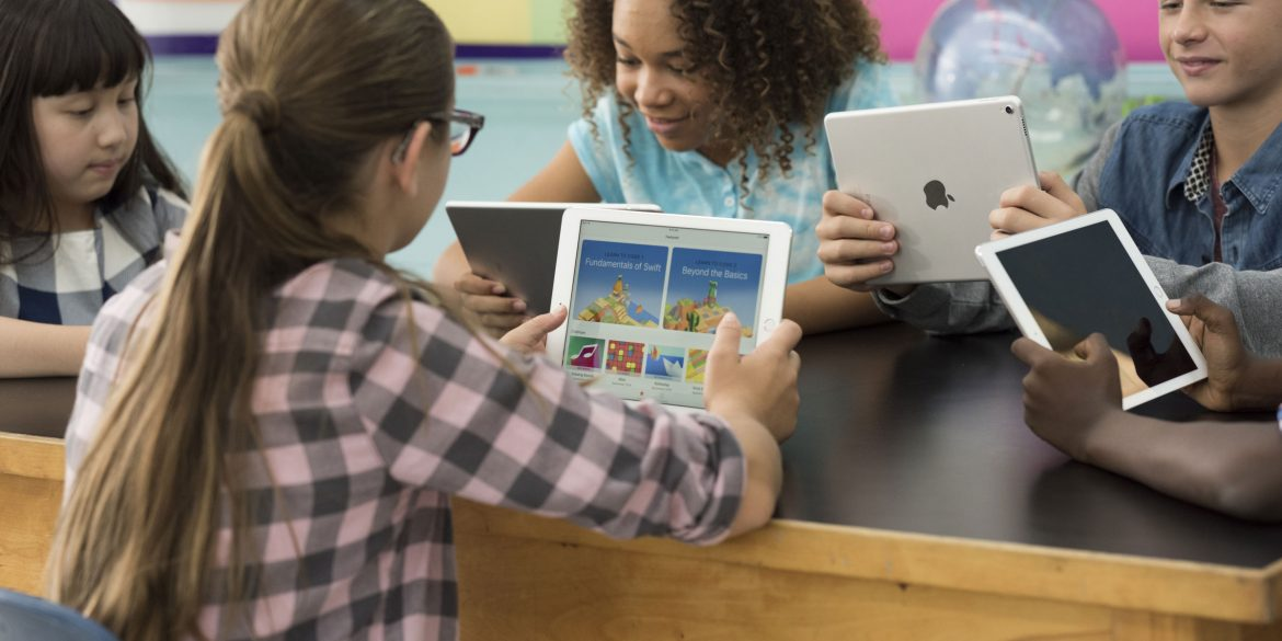 Learn Coding In Apple Stores With A Free Hour of Code