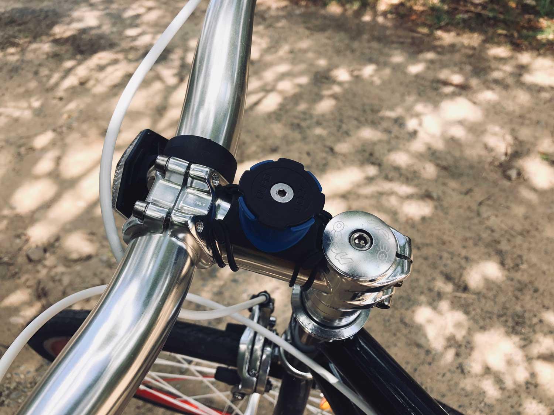 reputable site 2c16c 69bae Quad Lock iPhone X Bike Mount Review - Mac Prices Australia