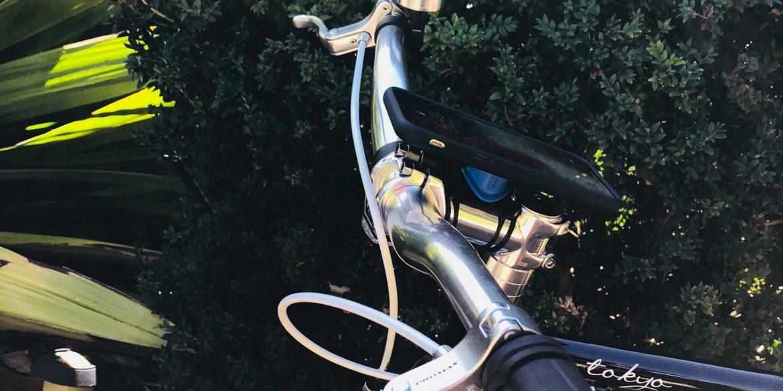 reputable site d6e02 a9609 Quad Lock iPhone X Bike Mount Review - Mac Prices Australia