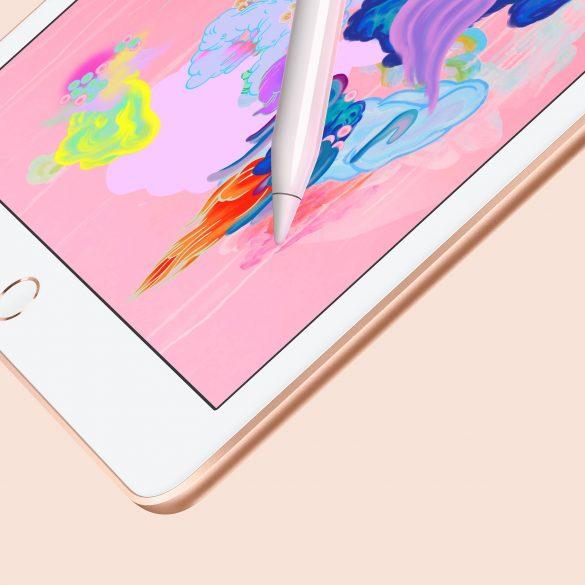 New 2018 iPad with Apple Pencil