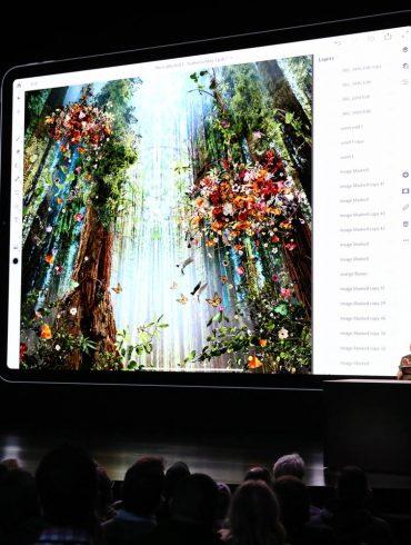 Apple October Keynote 2018 Adobe Photoshop demo of Photoshop
