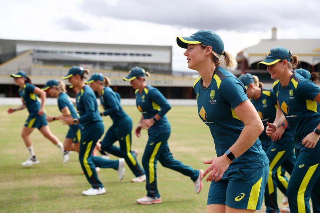 Australia womens cricket team uses Apple Watch