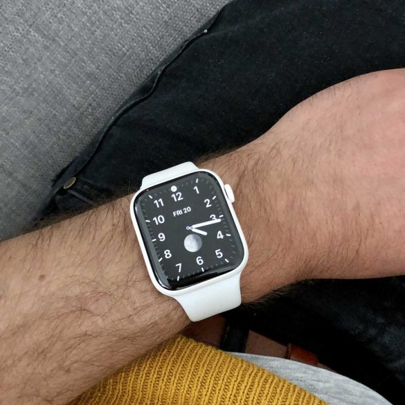 Apple Watch Series 5 In Ceramic Always On